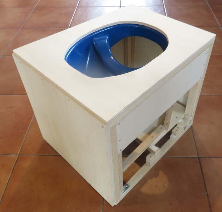 Konstruktion der Trockentrenntoilette fürs Wohnmobil