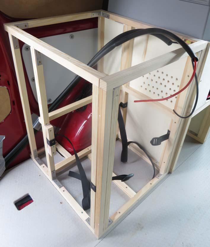 Konstruktion des Küchenmoduls zur Wasserversorgung