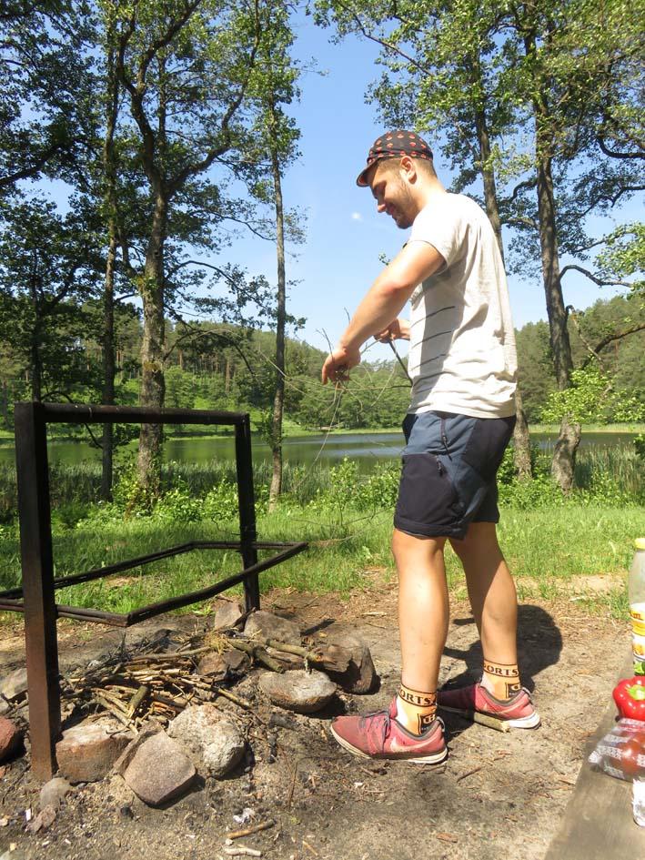 Picknick bei Wandertour im Aukštaitija Nationalpark